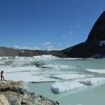 trekking hacia el glaciar Ojo del Albino